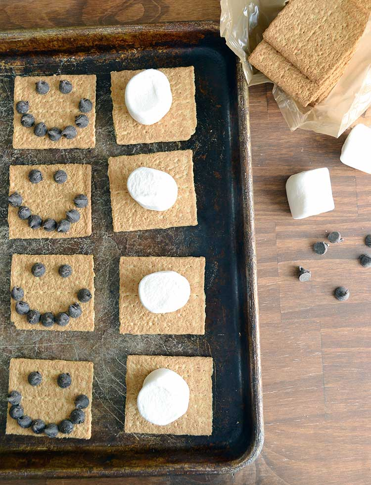 make a smore in the oven on those cold winter days. Easy and fast!