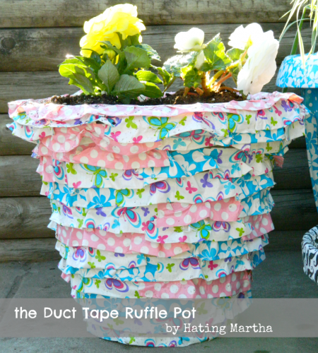 Duct Tape pot tutorial from NellieBellie