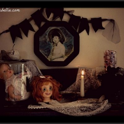 Creepy mantel for halloween