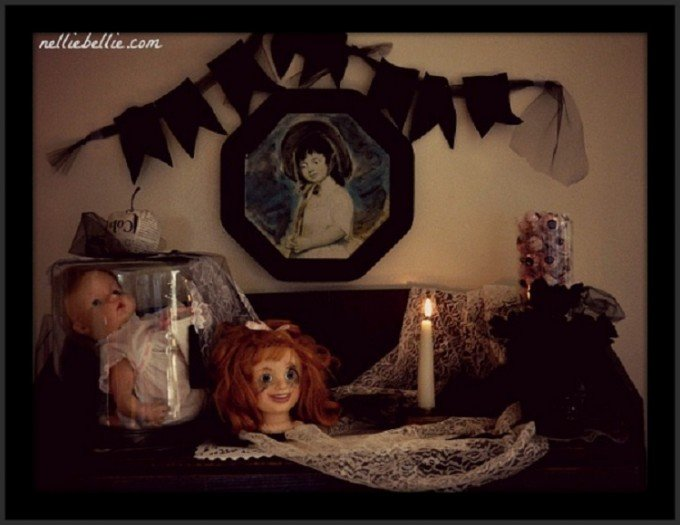 Dolls are creepy when used in this Creepy Halloween Mantel!
