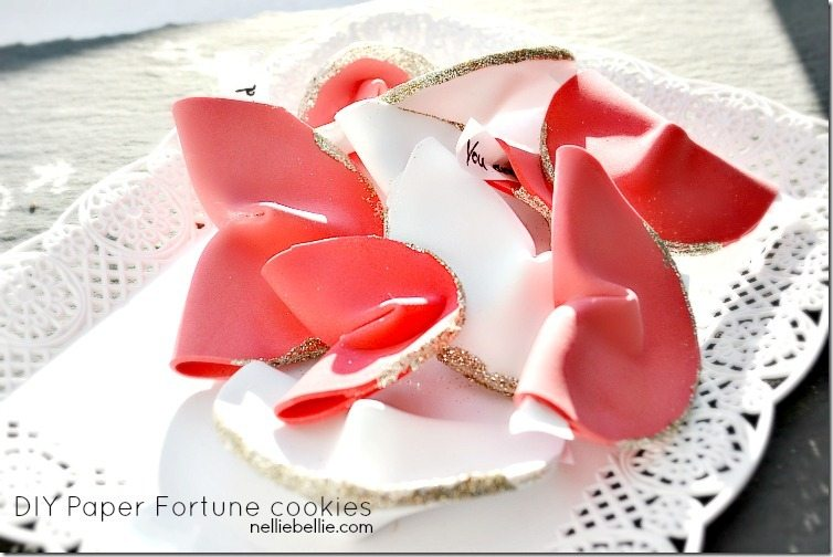 Paper fortune cookies: a NellieBellie tutorial
