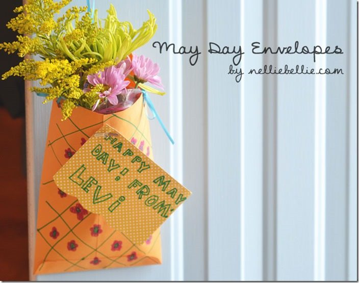 How to make easy May Day envelopes.