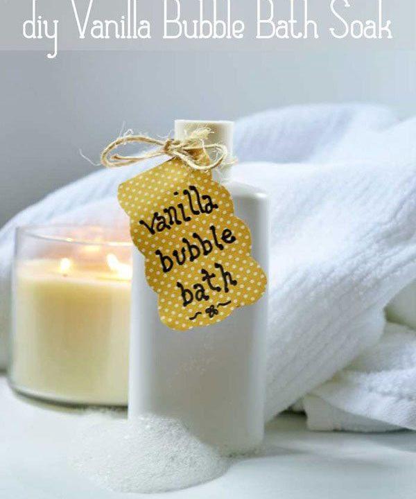 This vanilla homemade bath soak is a simple tutorial and a great beginner diy.