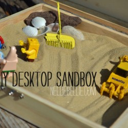 Desktop sandbox, a simple tutorial from nelliebellie.com to make your office more awesome!