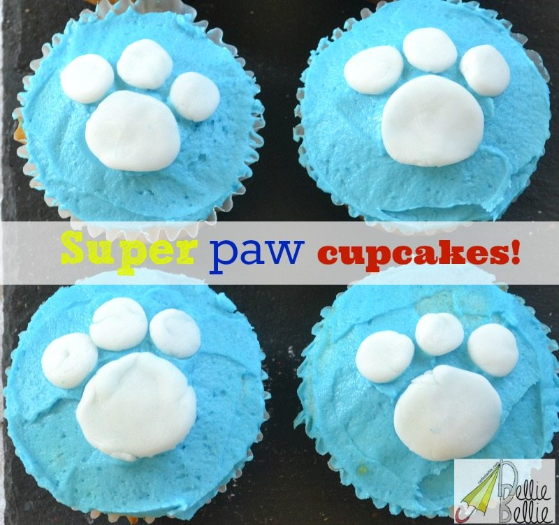 """Super"" paw cupcakes are easy to make and perfect for a Disney Super Buddies party! @blueprint social #SuperBuddies"