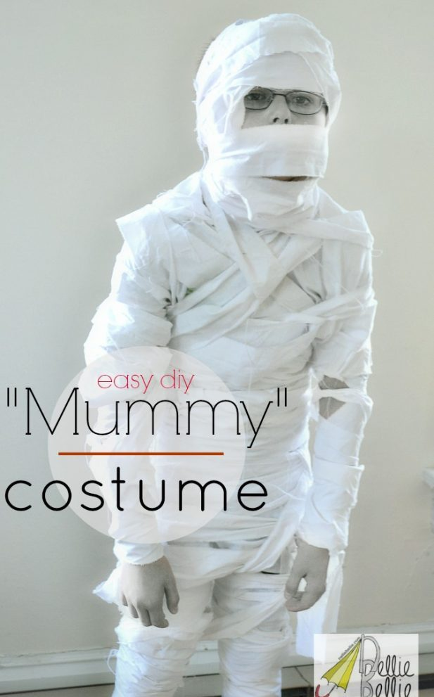 How to make a Halloween mummy costume