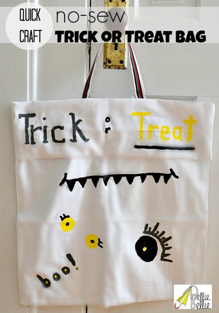 no-sew trick or treat bag from a pillowcase #halloween #craft