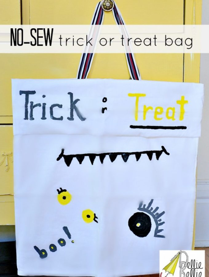 Halloween no-sew trick or treat bag; make it easy on yourself! #halloween #craft