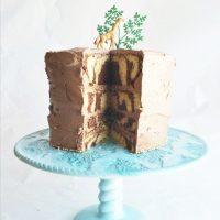 This beautiful cake was created in memory of Marius the giraffe, the animal the Copenhagen Zoo killed recently.