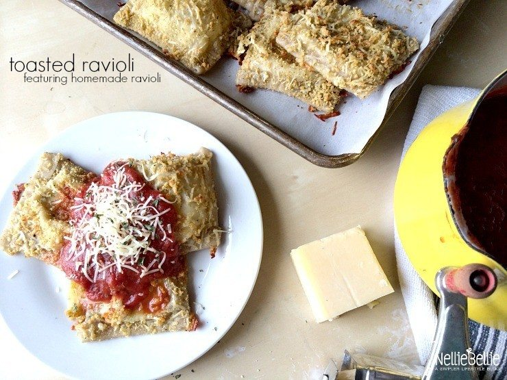 Toasted ravioli with easy to make raviolis from nelliebellie.com