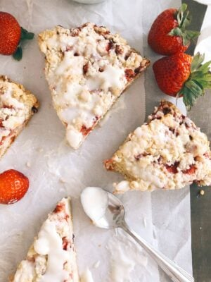 easy fresh strawberry scones