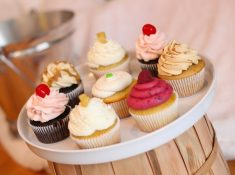Amy's Cupcake Shop, an adorable and incredibly delicious shop in Minnetonka, from NellieBellie