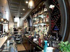 LOLOs American Kitchen   Stillwater, MN   restaurant review   NellieBellie #restaurant #burgers #Stillwater