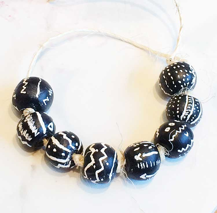 create tribal beads with this easy tutorial!   www.nelliebellie.com   #crafts #tribal #tutorial #jewelry #beads