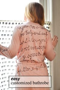 how to customize a bathrobe with Sharpies