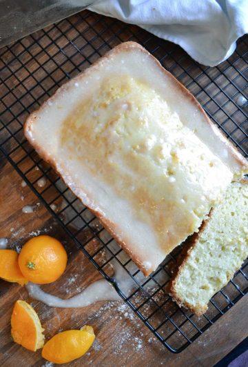 an easy recipe for homemade pound cake with orange glaze. cake, recipes, homemade, pound cake | nelliebellie.com