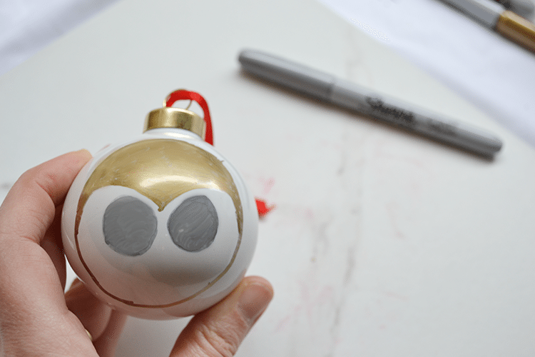 sharpie-owl- woodland animal ornaments -step3