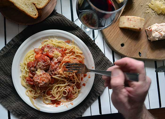 homemade spaghetti sauce recipe that you'll use again and again. Easy, classic, and delicious! #MeatballMasters from nelliebellie.com