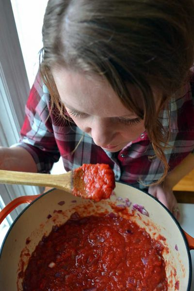 classic Spaghetti Sauce recipe/tips & tricks for perfect Spaghetti dinner