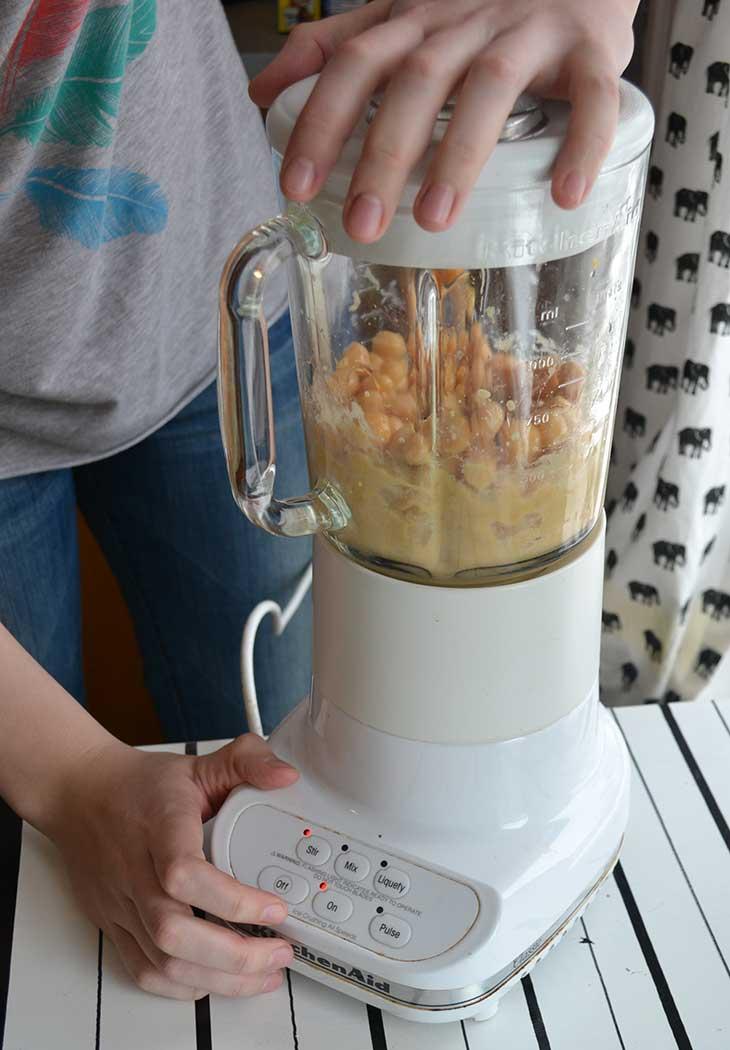 homemade-hummus-step5