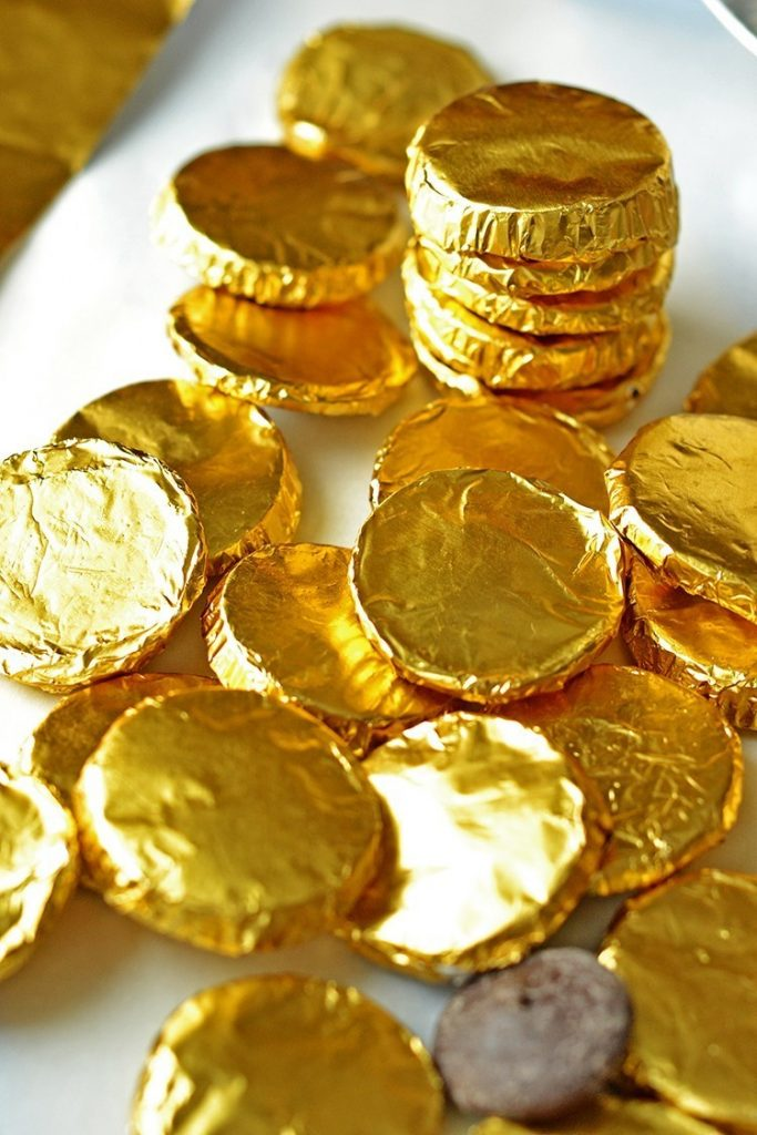 Make homemade chocolate coins super fast and easy!