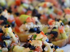 this olive bruschetta is easy to make, and delicious! A great olive appetizer idea. #OlivesFromSpain