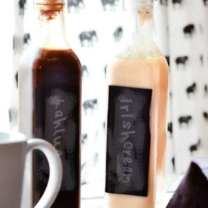 Homemade Kahlua and Irish Cream Recipe: these are easy to make at home and will save you a ton of money!