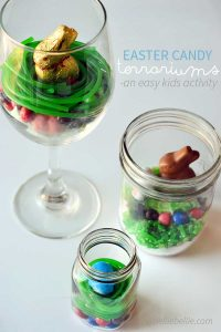 Easter candy terrariums are a fun activity for kids and a great idea for your Easter table! Super easy and fun to do. www.nelliebellie.com