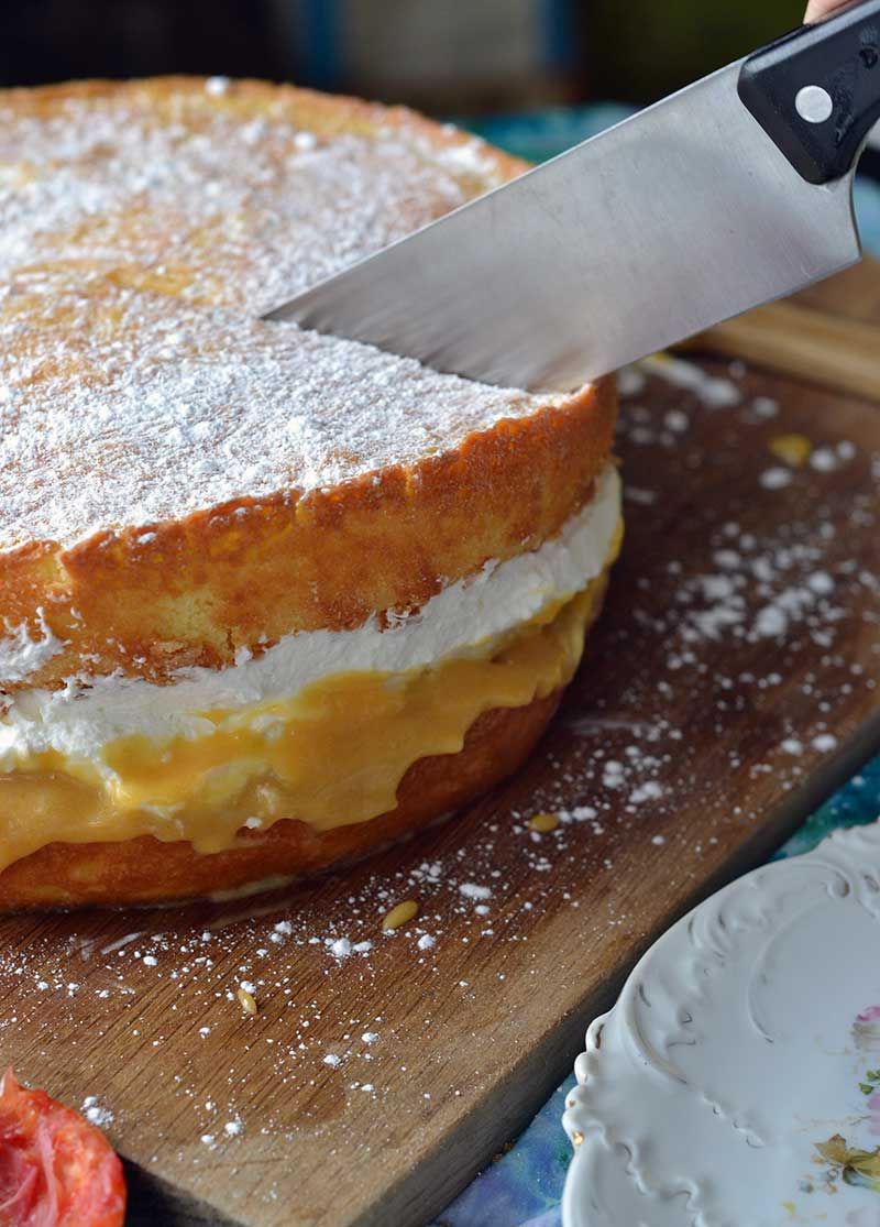 This victoria sponge recipe with blood orange curd is simple and delicious! @BobsRedMill #ad