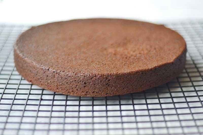 vegan-chocolate-beet-cake-