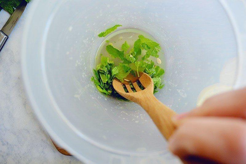 mint-infused-lemonade-step3