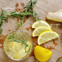 Rosemary Lemon Ginger Fizz cocktail is a great clean cocktail for your summer parties!