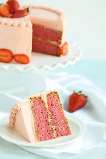 the BEST homemade strawberry cake (with Jello)