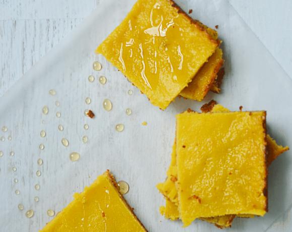 Gluten-free and naturally sweetened Honey Lemon Almond Bars