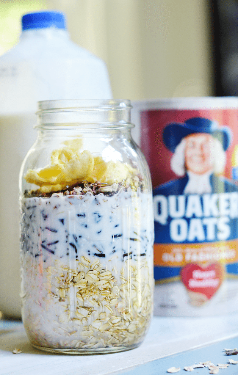 This maple wild rice overnight oats is everything. Delicious!