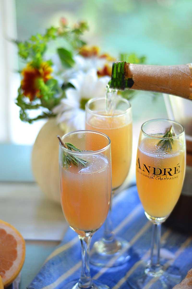 grapefruit-rosemary-mimosa
