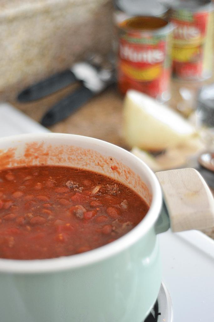 venison chili, a basic and simple recipe.