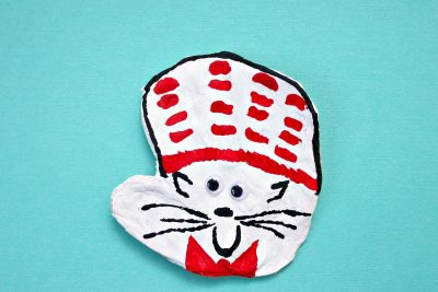 Cat in the Hat handprint craft