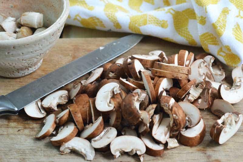quiche-mushrooms-sliced
