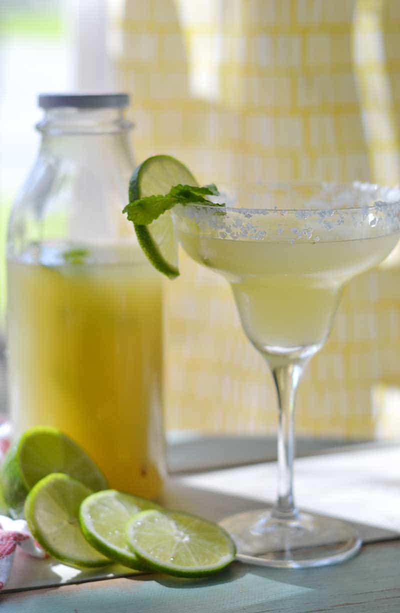 10 minutes and 4 ingredients is all it takes to create this homemade Margarita mix recipe... a delicious party-saver. Simply add the alcohol and ice!