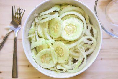 Cucumber Fennel Onion Salad
