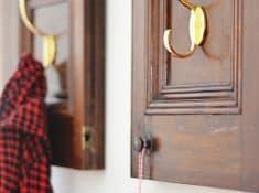 cabinet-door-repurposed-coat-rack-800