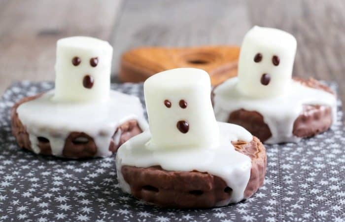 11 Halloween treats for kids to make!