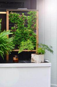 diy faux vertical succulent planter