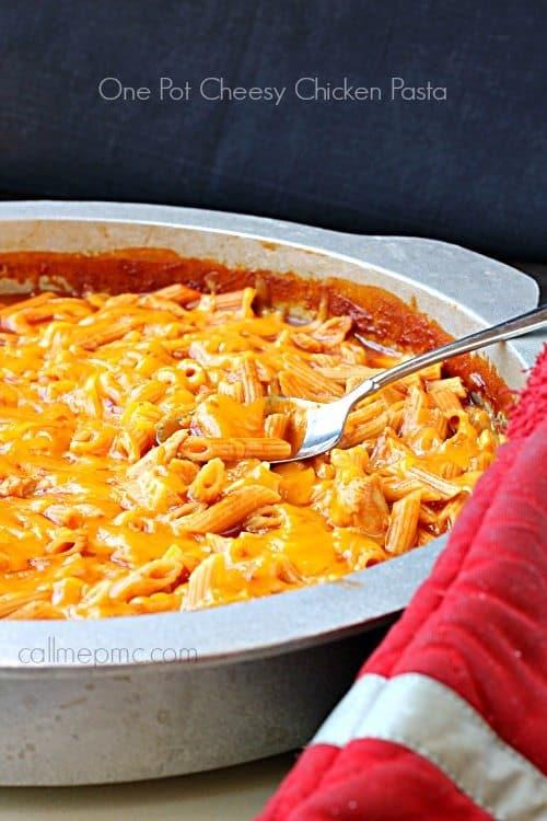 one-pot-cheesy-chicken-pasta-simple comfort food