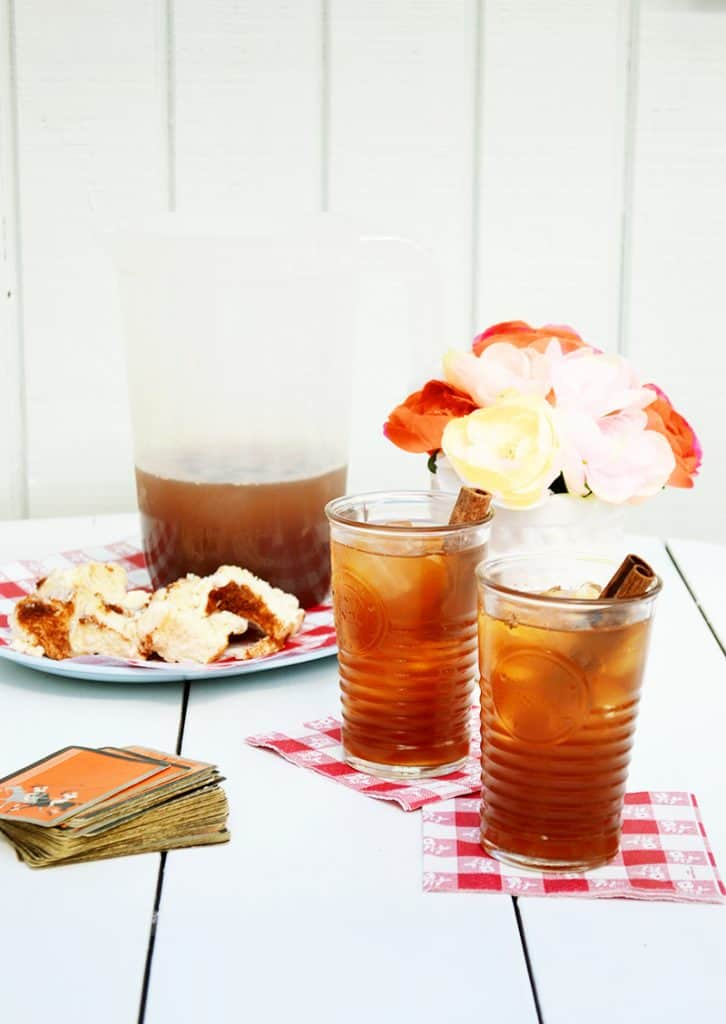 This Maple Cinnamon Iced Tea is the perfect, refreshing drink for fall. It is named for Paul Bunyan's girlfriend...Lucette.