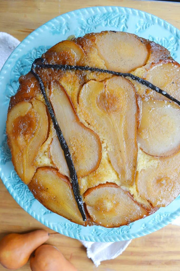 A good Swedish cake recipe like this Almond Pear cake recipe is like magic! It makes the house smell like Christmas! An almond cake recipe for Swedes!