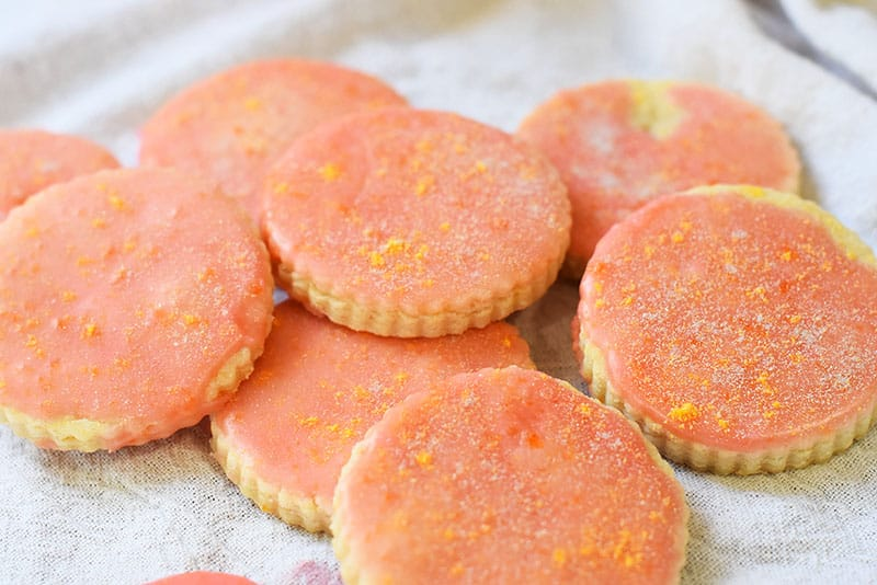 grapefruit shortbread cookies in a pile