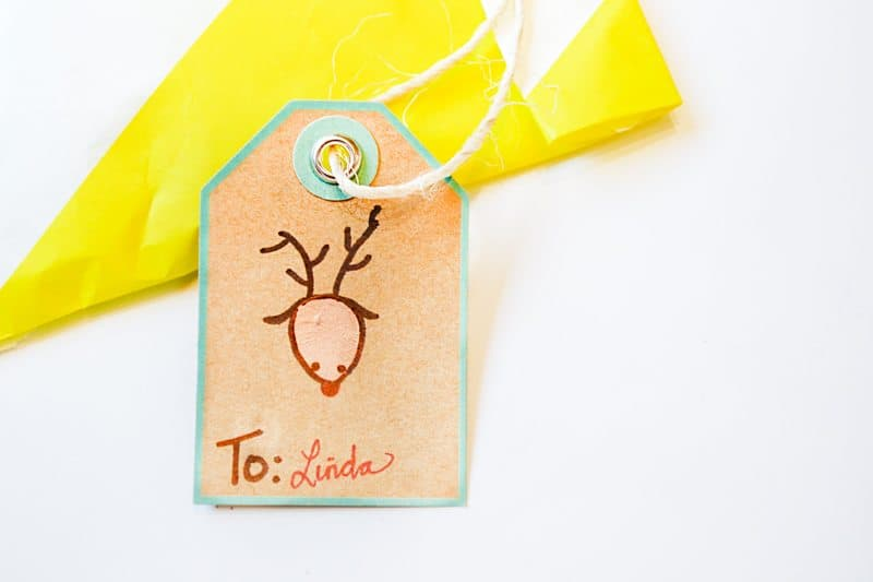 thumbprint-christmas-tag-finished