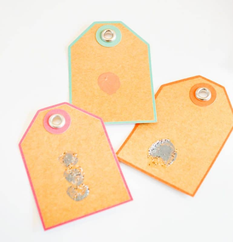 thumbprint-christmas-tags